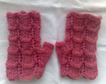 """Lace  Fingerless gloves. M size. Hand circumference 7""""- 8"""" Light raspberry color. Women / Teen girls  fashion. Hand knit. Ready to ship."""