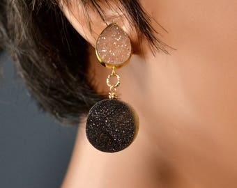 LP 1450  Vermeil Bezeled Brown Drusy Connector With A Round Glittering Black Drusy
