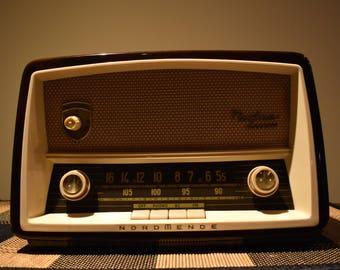 Nordmende Sterling Norma Luxus vintage tube radio