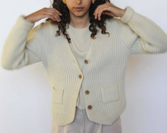 early morning -- vintage 70's Magnin cream button up wool blend cardigan S/M