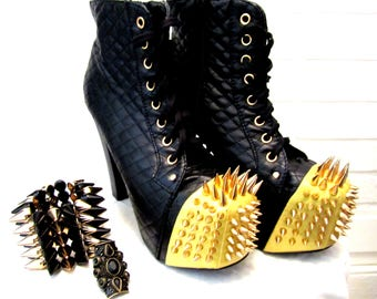 VINTAGE 90s Goth Rocker boots with complimentary Jewellery