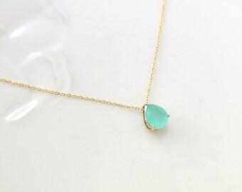 Mint Stone Necklace, teardrop,raindrop Necklace,Bridesmaid Gift,mint necklace, mint pendant, wedding, Everyday Necklace, Stone in Bezel