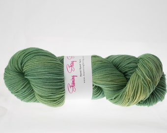 Baby Greens - Luxury Fingering Weight - Merino, Cashmere & Nylon - 100 g - 425 yds