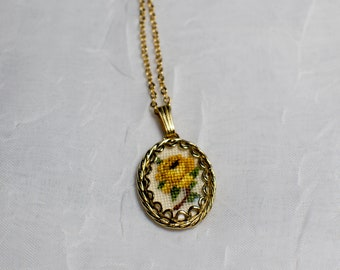 Petit Point Vintage Gold Pendant with Yellow Rose