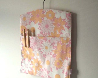 Ecofriendly handmade vintage fabric clothespin peg bag laundry room storage