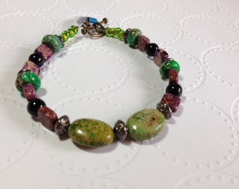 "ID# 269 TREE FARM 7.5"" bracelet"