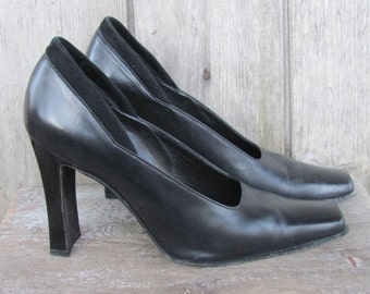 Vintage Leather Shoes; Classic Black Leather Shoes; High Heel Black Pumps; Enrico Gibellieri Shoes made in Italy; size 39 / UK 6 / US 8.5