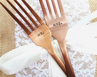 Mr and Mrs wedding forks His and Hers custom forks Rose Gold hand stamped, personalized wedding gift Wedding keepsake, Bride Groom Limited