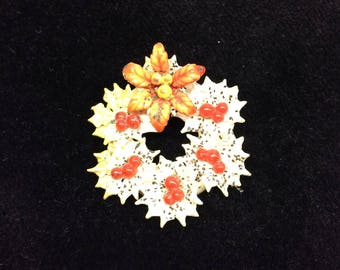 1930s Vintage Celluloid Christmas Wreath Brooch