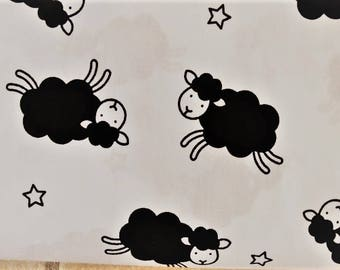 "Pattern ""The sheep"" white cotton fabric"