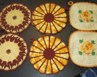 set of 6 crocheted pot holders vintage pot holders unused