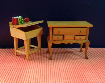 Dollhouse Furniture, Two Piece Wood Set