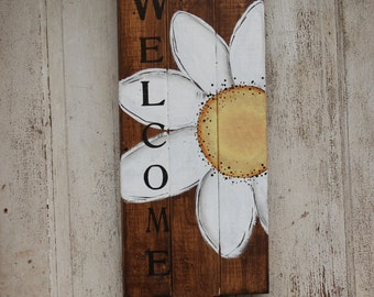 Welcome Sign,hand painted Sign,  Wooden Sign With daisy, Front door decor, Home Decor, Vintage Style Wall Decor,