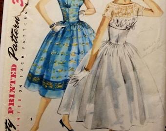 Vintage UNCUT 50's Simplicity Misses sz 14 dress pattern, 1540