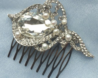 Aimee - Vintage style Rhinestone and Freshwater Pearl Comb