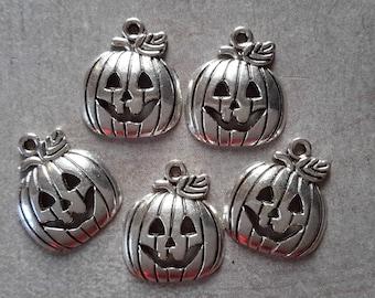 Pumpkins, Halloween pendant, silver - 18 x 15.5 charms