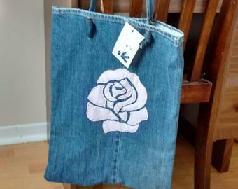 Tote bag made of recycled jeans