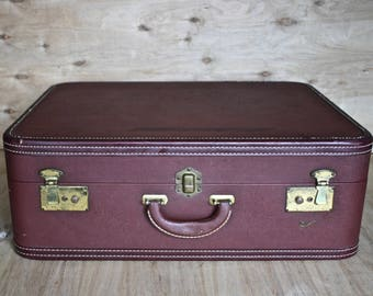 Vintage Skyway Suitcase/ c. 1940s/ Seattle Suitcase Trunk and Bag/ Burgundy Bag/ Mid Century Travel