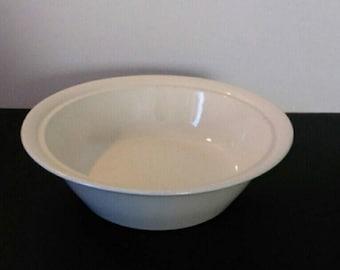 Vintage Plain Round Ivory Fruit Bowl, serving bowl, wedding decor, no markings, home decor, candy bowl, gravy dish, Ivory Bowl