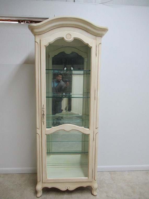 Ethan Allen Country French Paint Decorated Curio Cabinet Display China Hutch A