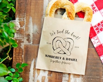 Soft Pretzel Favor Bags - We Tied the Knot - Personalized Wedding Bag - Design 2 - Giant Pretzel Favor - 20 Customized Grease Resistant Bags