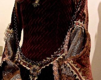 Renaissance Carnival dress Theatrical Elisabetiano
