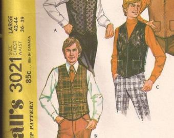 McCalls 3021 Men's Vest Pattern Size Large 42-44. Vintage 1971