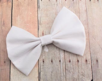 Solid White Fabric Hair Bow Clip or Headband / Solid White Bow / White Bow Clip / White Fabric Bow Clip /White Hair Bow Clip /White Hair Bow