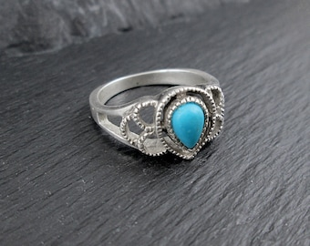 Sterling Silver Faux Turquoise Ring | Size 8 | Vintage Woman's Ring