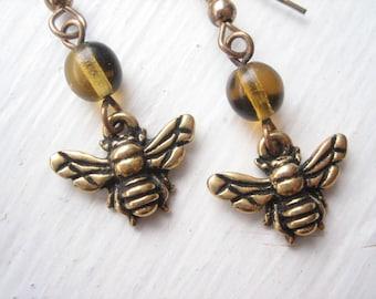 Honey bee earrings, bee earrings, bee charm earrings, gold bee earrings, TierraCast bees, metal bee charm, insect earrings, bee jewellery