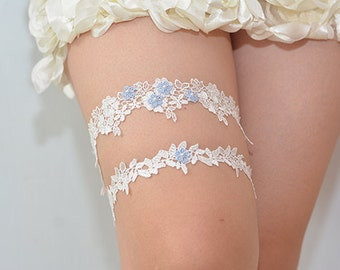 garters for wedding,blue bridal garter, wedding garter, bride garter set, white lace garter set, something blue garter, beaded floral garter
