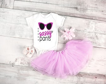 Sassy pants quote baby onesie for newborn and babies 6 Month, 12 Month, and 18 Month graphic baby onesie