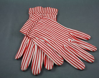 Vintage Women's Gloves Sassy Red White Pinstripes 1950s