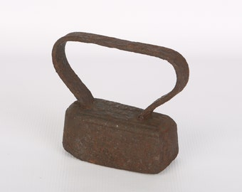 1800's MAHONY Sad Iron, Troy, N.Y., Pat. 1876, Clothes Press, Surface Rust, No Weakening, Just under 4 LBS.