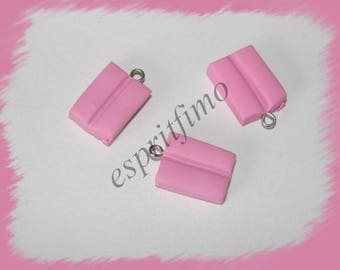 """""""Bubble gum pink"""" charm in polymer clay"""