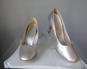 Silver Pumps / Vtg 50s / Boticelli Silver Pumps / Size 7