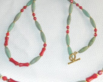 Forest Green Magnesite & Red Bamboo Coral Necklace with Toggle Clasp Red and Green - Turquoise and Coral