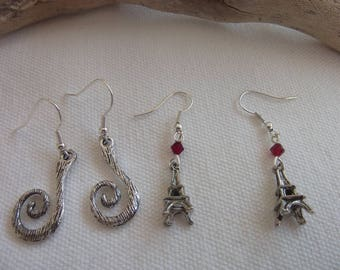 Set of 2 pairs of earrings