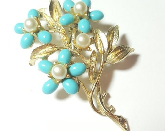 Vintage Pearl and Rhinestone Flower Bouquet Baby Blue