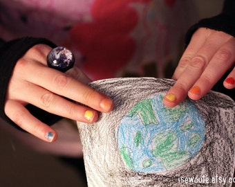 Earth Day Ring, Happy Earth Day, You're Out of this World, Space Jewelry Glitter Hubble Globe, Earth Ring, Modern Resin Galaxy Jewelry