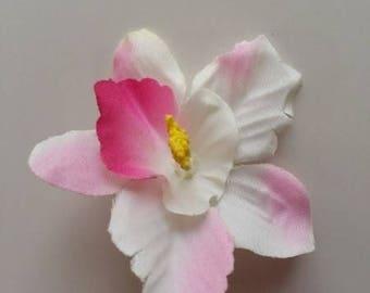 fleur orchidée  en tissu ivoire et rose    70mm