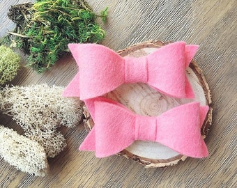 Salmon coral pink felt bow clips