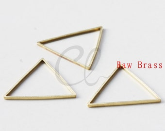 30 Pieces Raw Brass Triangle Ring - Link 21mm (1972C-P-316)