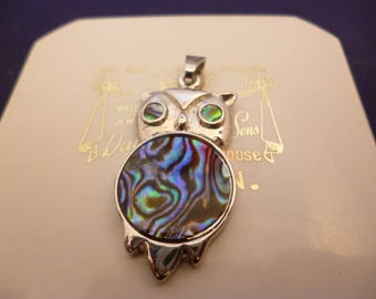 """A superb abalone shell owl pendant - 925 - sterling silver - 1.5"""" x 0.6"""" - d"""