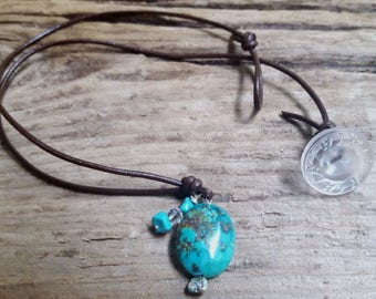 Turquoise choker, turquoise and leather necklace, leather chokers, beaded choker, turquoise pendant necklace, cruise wear, summer jewelry