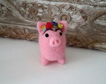 Piggy called Frida, needle felted piggy, Felted art and dolls