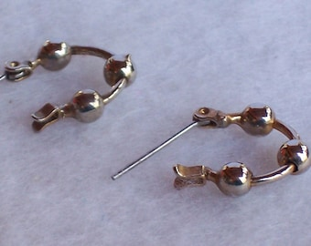 Silver Circle Vintage Pierced Earrings.  Free Shipping