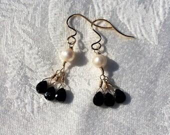 Black Spinel Earrings,Spinel Earrings,Pearl Gold Drop Earrings, Black Spinel Pearl Earrings, Wedding Jewelry, Bridesmaid Pearl Jewelry