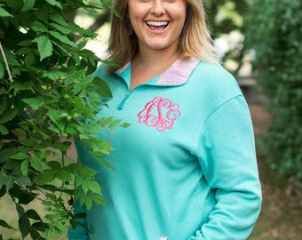 Monogrammed Pullovers, Gingham trimmed pullovers, Preppy Comfort Pullovers, Fall Sorority sweater, Monogrammed Sweatshirts, Fall Must haves!