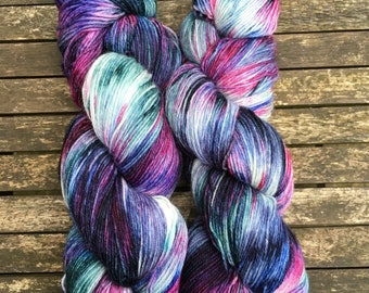 Ice Hotel (superwash merino w/ nylon - 100g hand dyed sock yarn)